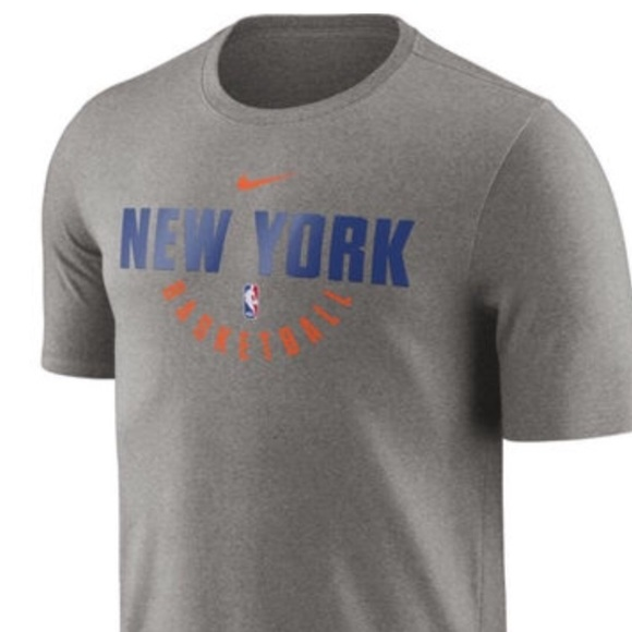 info for 6ee9d 9dc9a New York Knicks Basketball Practice shirt NWT NWT